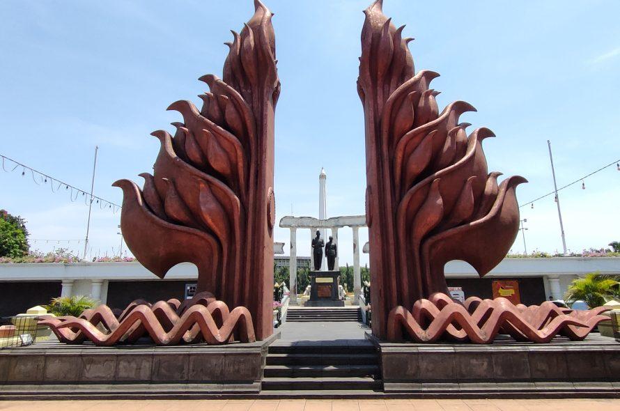 Salah satu Ikon Kota Surabaya – Monumen Tugu Pahlawan Surabaya
